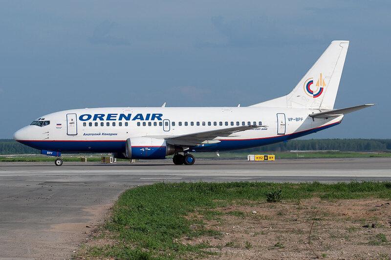 Boeing 737-5H6 (VP-BPF) Orenair DSC0533