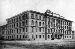 Вид здания института.