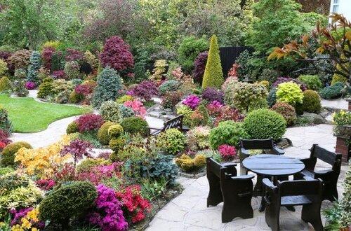 Идеальный сад семьи Ньютонов