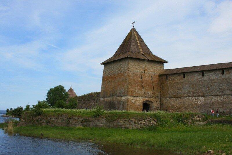 Государева (Воротная) башня - главный вход в крепость