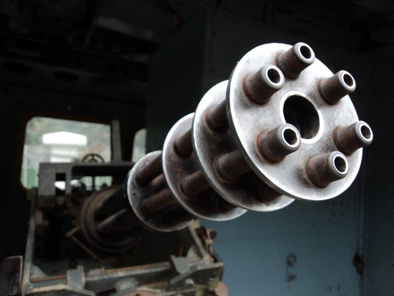 M134 Minigun) - название семейства многоствольных скорострельных пулемётов, построенных по схеме Гатлинга.