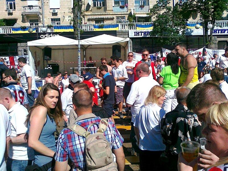 Английские фаны Евро 2012 в Киеве