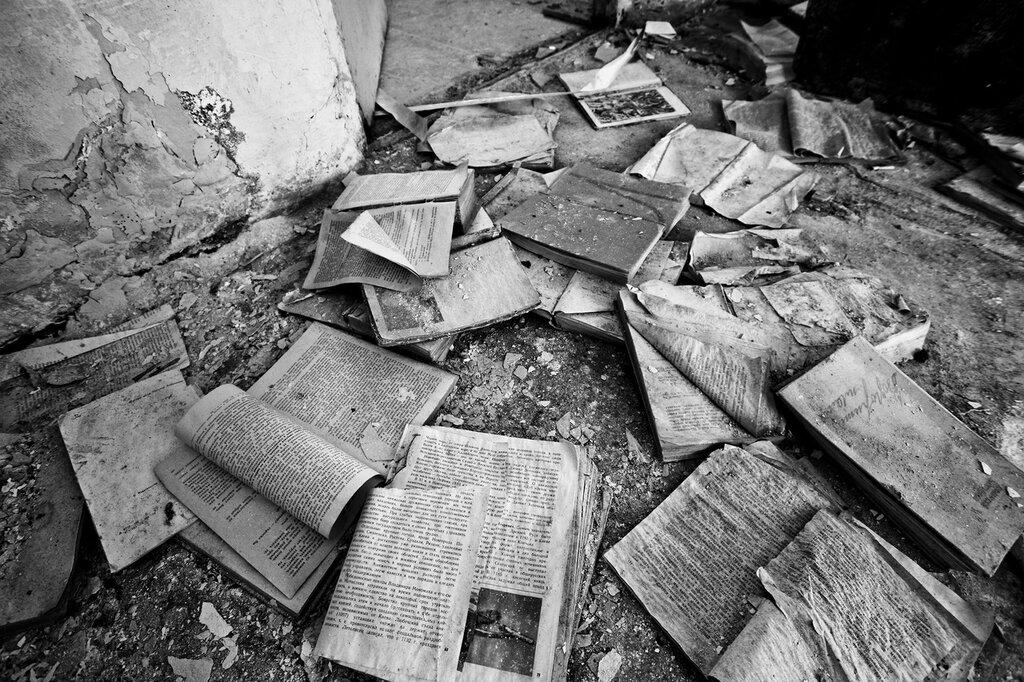 Заброшенные школы в ч/б, Солянка