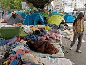 Венгрия из-за наплыва беженцев может объявить режим ЧП