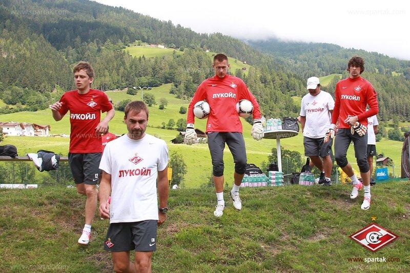 Тренировка «Спартака» перед матчем с «Астрой» (Фото)