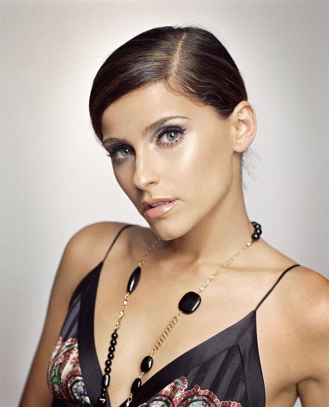 Нелли Фуртадо (Nelly Furtado) 2006