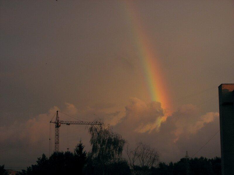 Радуга 2012.06.28 21:27 (Canon S3)