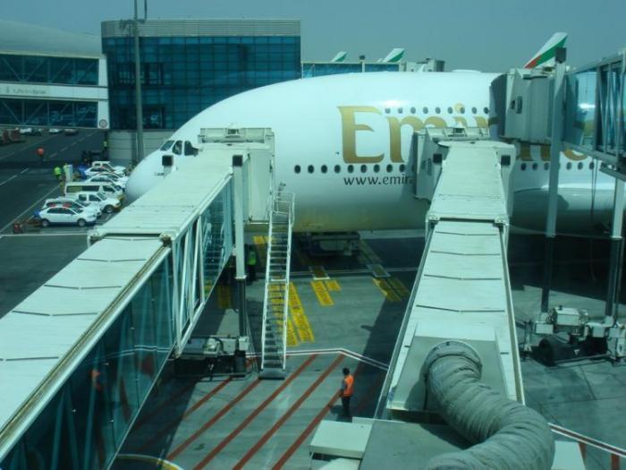 Самолет в Эмираты