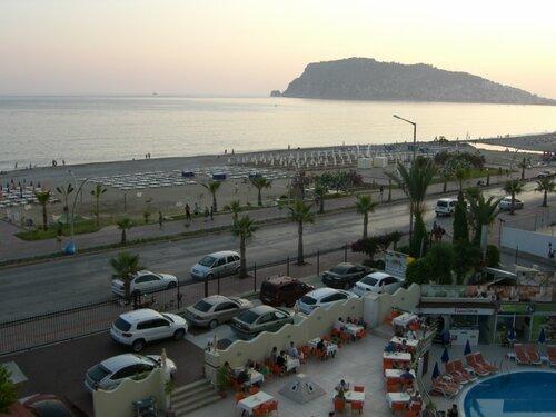 Велопрогулка по набережной в Турции 0_6c852_8305e9a1_L