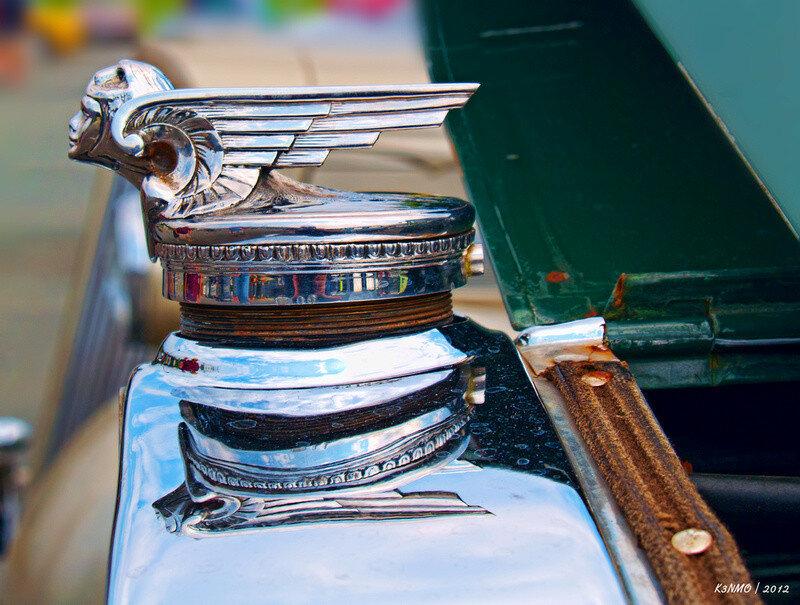 1929 Chevrolet Hood Ornament 1.jpg