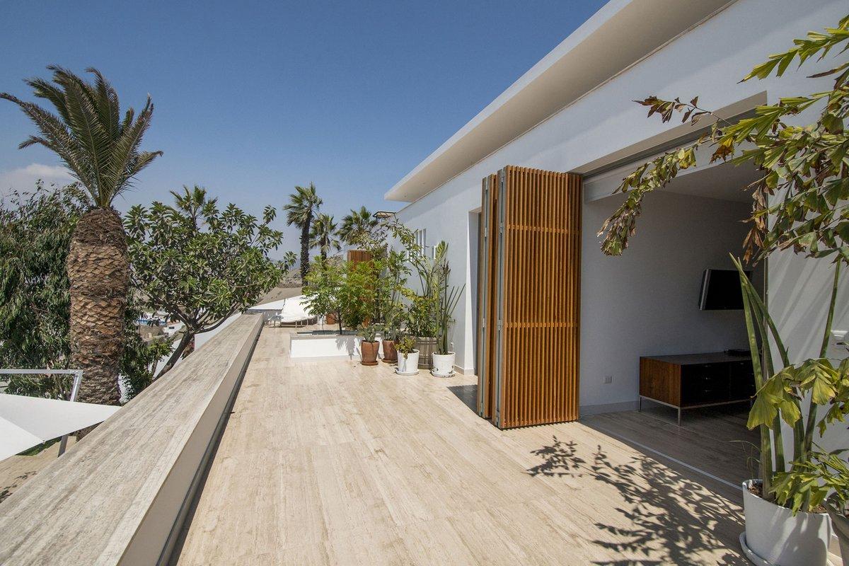 Adrian Noboa Arquitecto, Анкон, Перу, дом для вечеринки фото, лучший дом для вечеринки, особняк в Перу фото, дом с видом на океан, 4-этажный дом фото