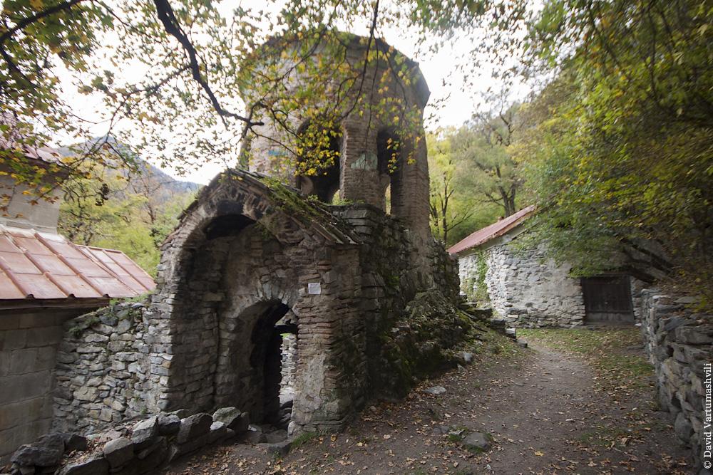 Монастырь Ркони