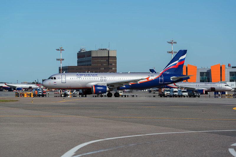 Airbus A320-214 (VP-BRZ) Аэрофлот D800659