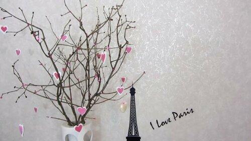 Красивый декор комнаты ко Дню Влюбленных