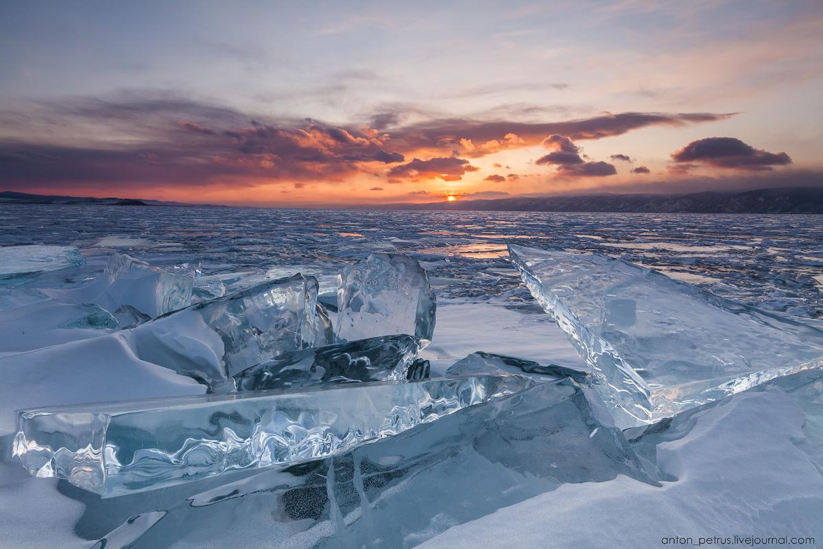 Стеклянный закат. Байкал