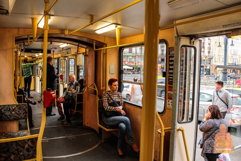 Трамваи в Будапеште также оборудованы компостерами