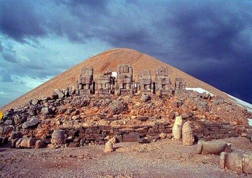 Немруд-Даг – памятник древнего величия