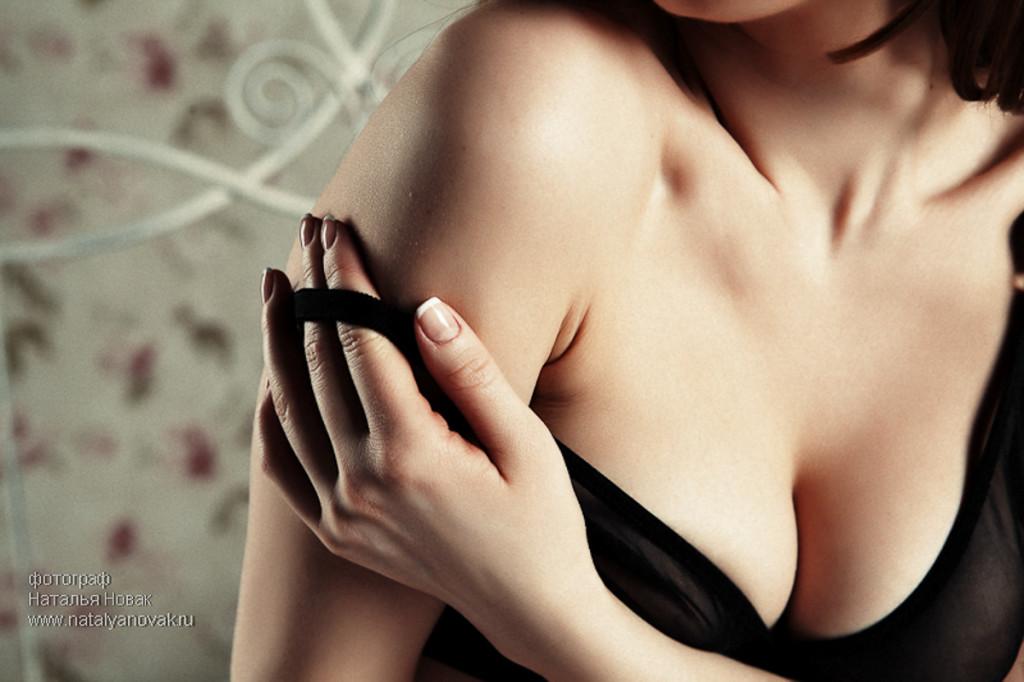 Красивая эротическая фотосессия