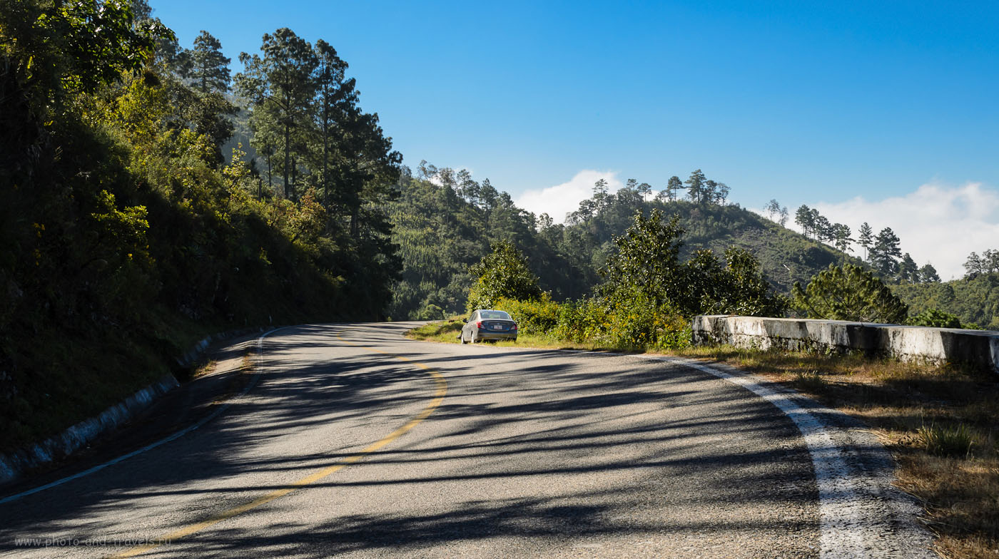 Фото 4. Горный серпантин на участке между San Cristobal de Las Casas и каньоном Sumidero в Мексике. Отзыв о самостоятельном туре по стране на арендованной машине.