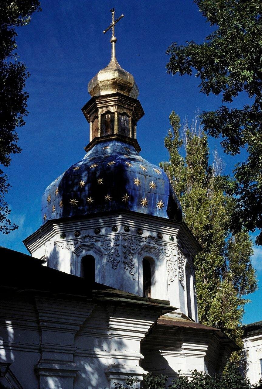 Монастырь в Лавре