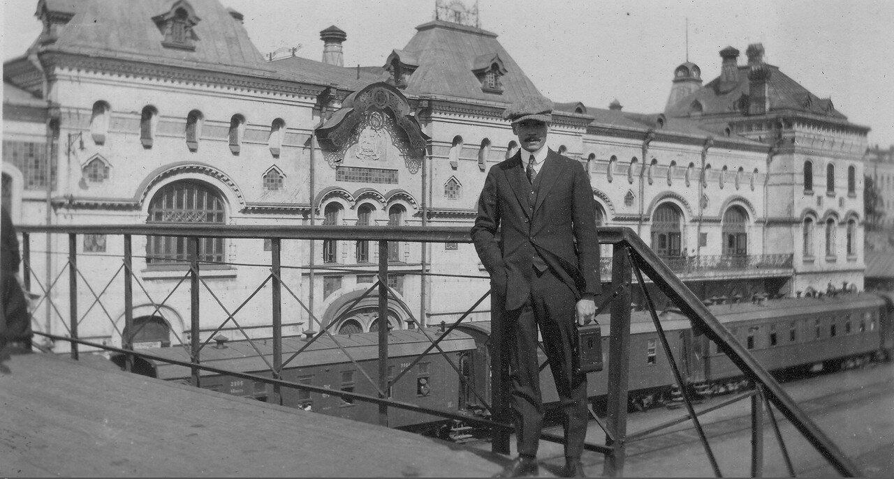 Меррилл Хаскелл в первые дни пребывания во Владивостоке 1 сентября 1919