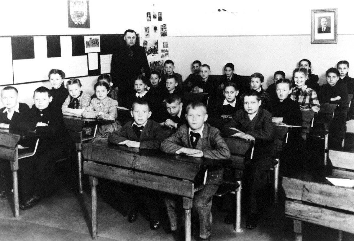 1948. 3-й класс школы г.Эберсвальде, Германия