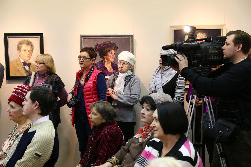 Любимые артисты театра и кино на портретах художников, выставка