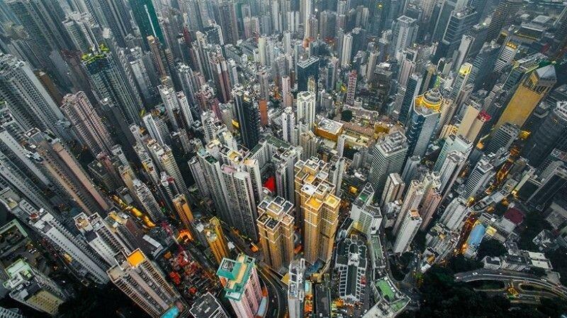 Фотографии небоскребов Гонконга с высоты полёта дрона