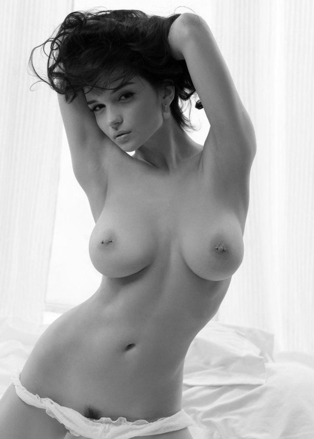У жены большая красивая грудь частное порно фото 25 фотография