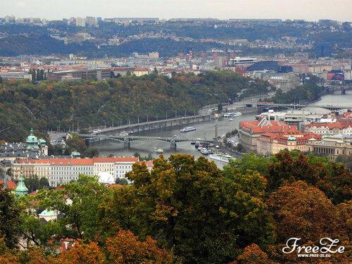 Вид с Петршина, пражские мосты