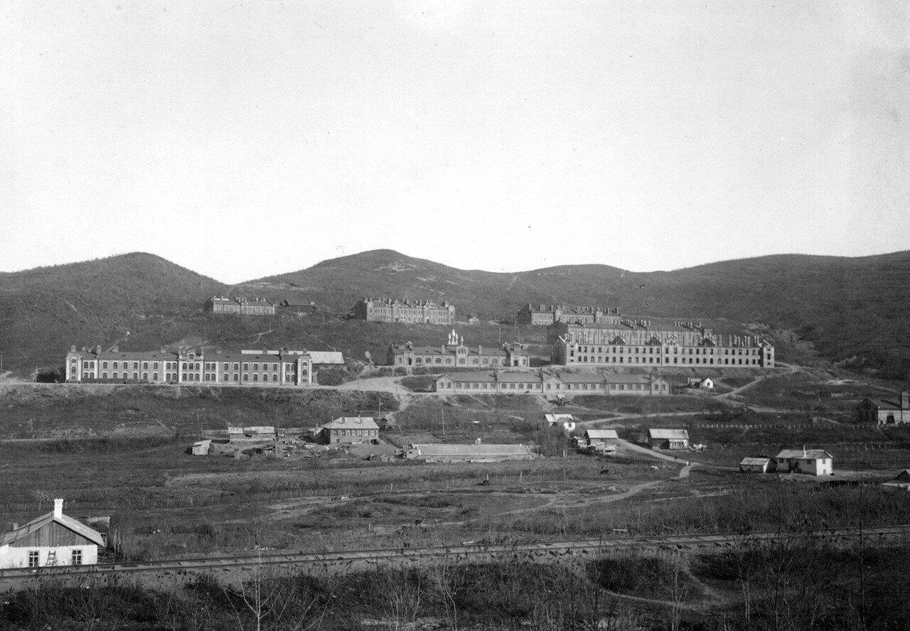 Николаевские казармы и конюшни