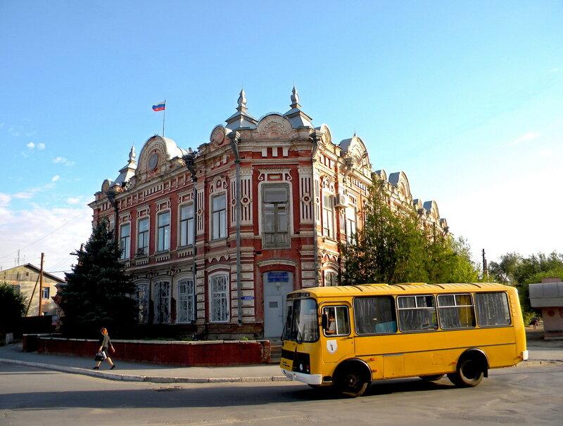 Старинный дом в городе Ленинск (12) .