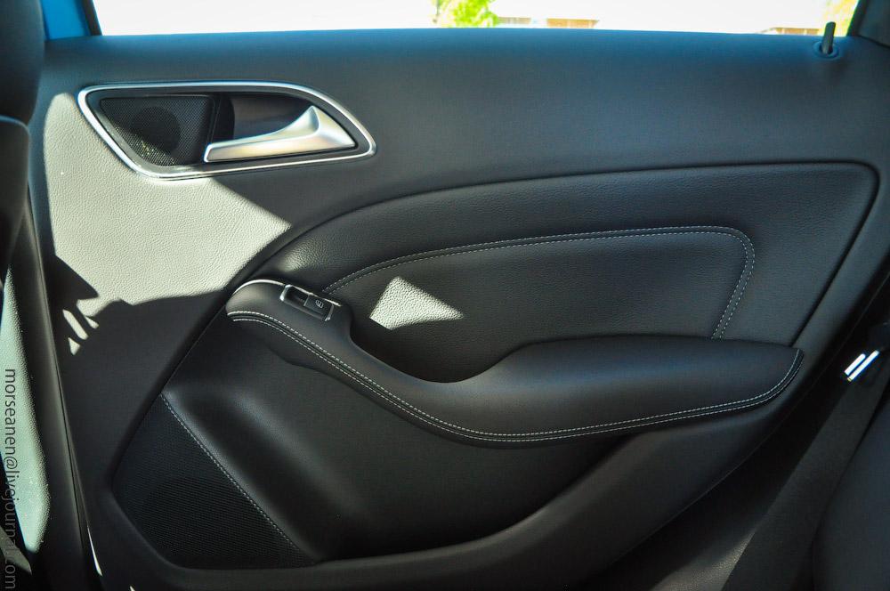 Mercedes-(3).jpg