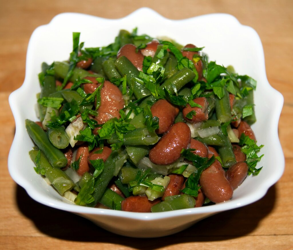 Салат из фасоли по-аргентински