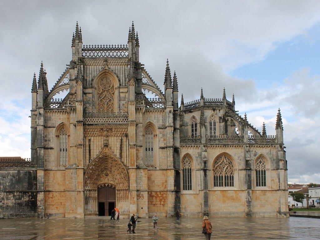 Монастырь Баталья. Mosteiro Santa Maria da Vitória na Batalha