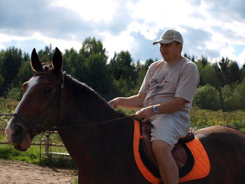 Я на лошади по имени Фудзи в Учхозе