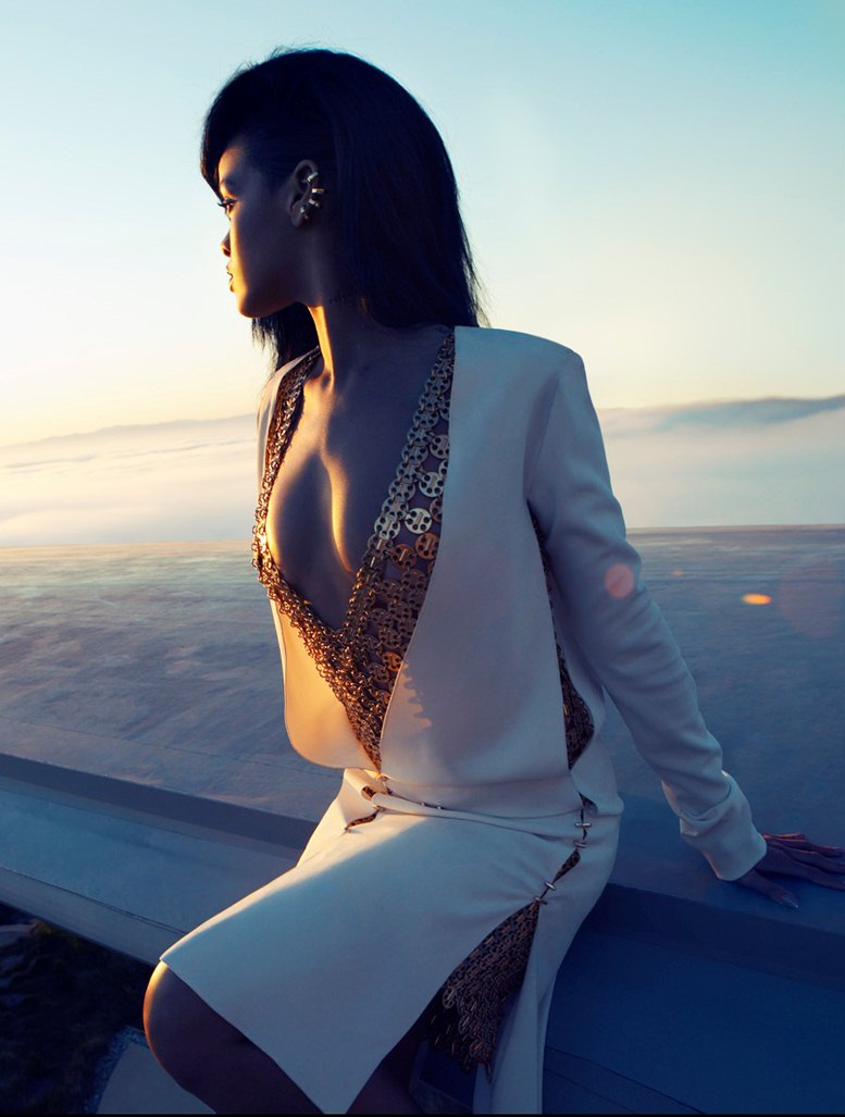 модель Рианна / Rihanna, фотограф Camilla Akrans
