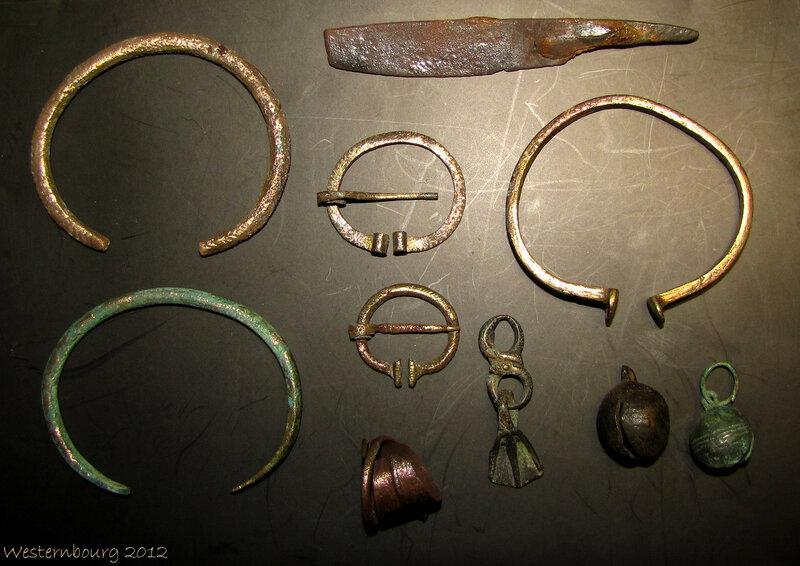 """Финно-угры. Нож, браслеты, пряжки, бубенцы, кольцо, подвеска - """"утиная лапка"""""""