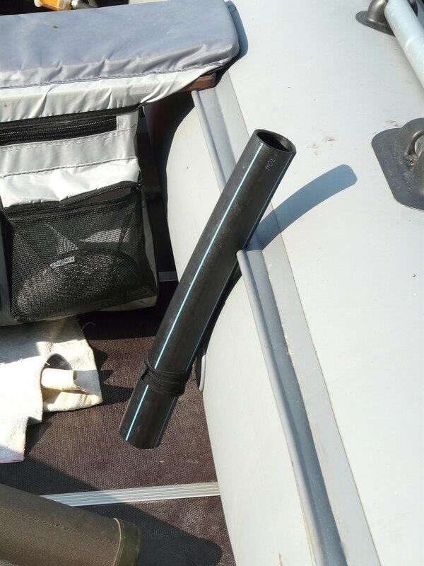 крепление эхолота к лодке пвх фото