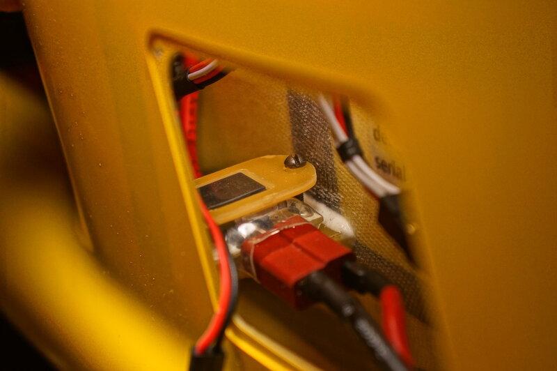 Нужна схемка распайки этой гитары.  Кабель - есть коаксиальный провод типа РК - 75, длиной не более 2 - х метров.