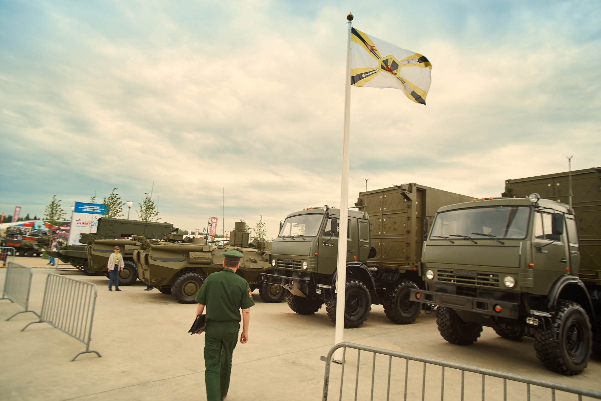 Russian Military Photos and Videos #2 - Page 37 0_a384a_dfbd7b7c_orig