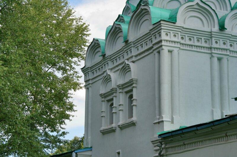 Батюшково, Никольский храм, декор