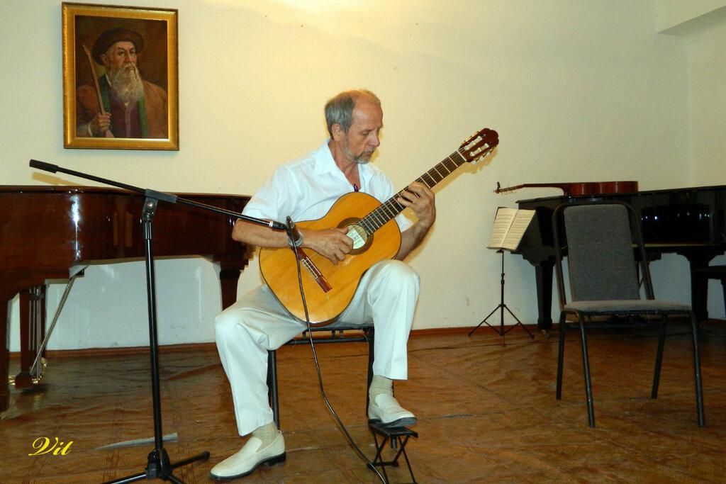 Анатолий Евсюков (Автор В. Исиков)