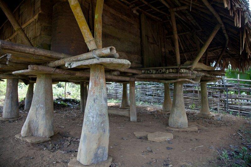 -деревенское зернохранилище в Индии.j pg