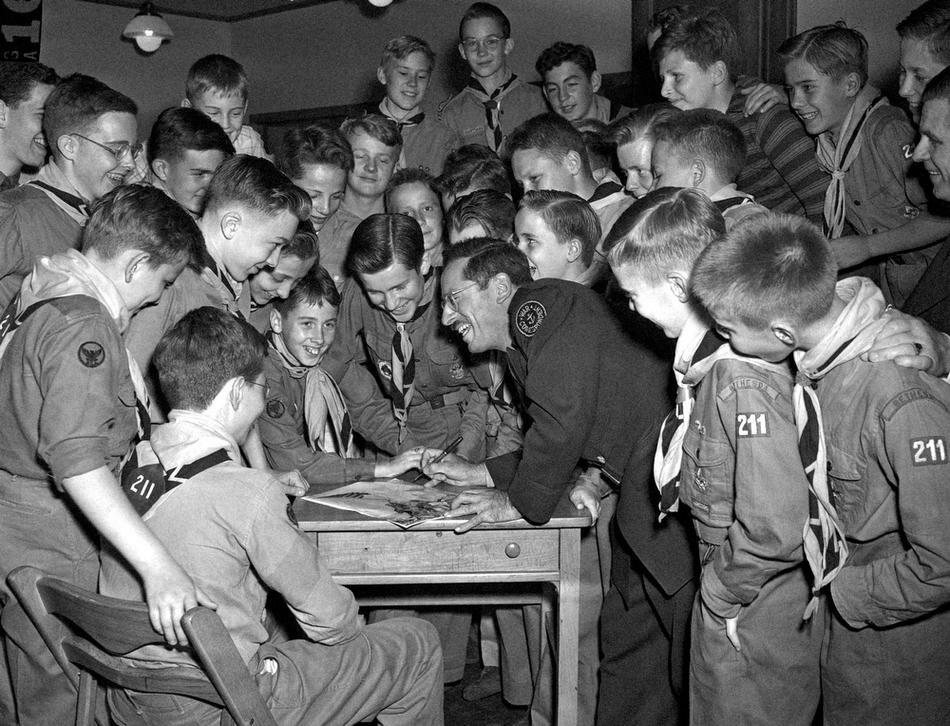 BOY SCOUTS ROSENTHAL 1945