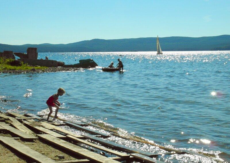 На озере Тургояк (...шла девица по воду))