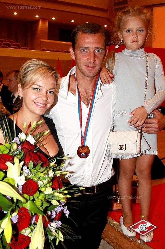 Награждение «Спартака» серебряными медалями (Фото)