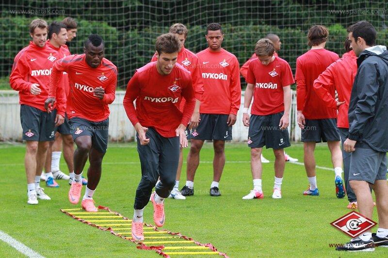 Тренировка «Спартака» перед матчем с «Аланией» (Фото)