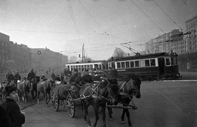09 Ленинградский проспект, 16 октября 1941 г. Начало паники в Москве.jpg