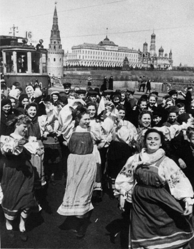 33 Парад Победы. 1945.jpg